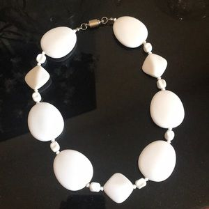 White statement necklace magnetic clasp